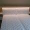 voodi valgustusega